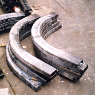 section bending outdoors